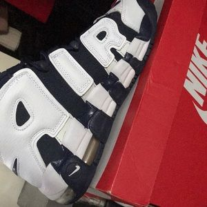 Shoes - Olympic Nike Uptempo